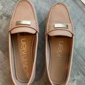 CALVIN KLEIN Blush Pink/Tan Loafers